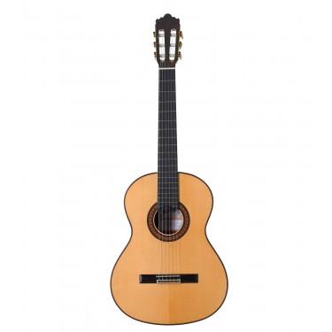 Ramirez 3NAE Classical Guitar