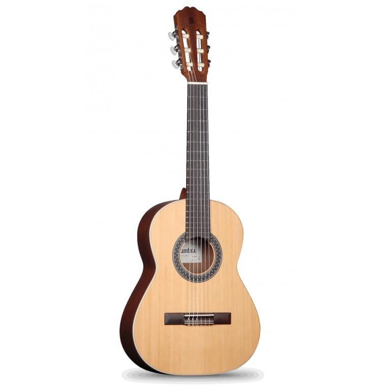 guitar alhambra 1 op requinto 1 2 alhambra guitars at the best prices. Black Bedroom Furniture Sets. Home Design Ideas