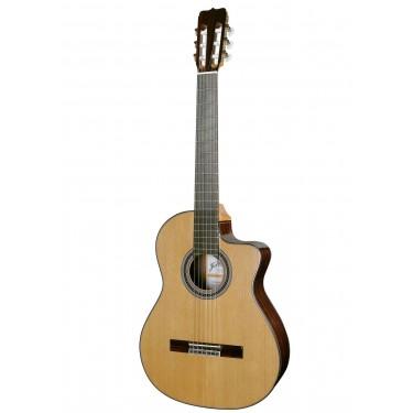 Ramirez RA CWE Classical Guitar