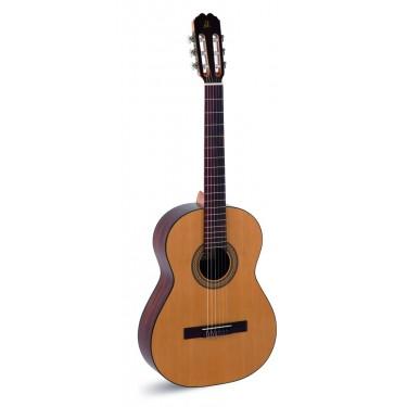 Admira Juanita 3/4 guitarra clásica cadete