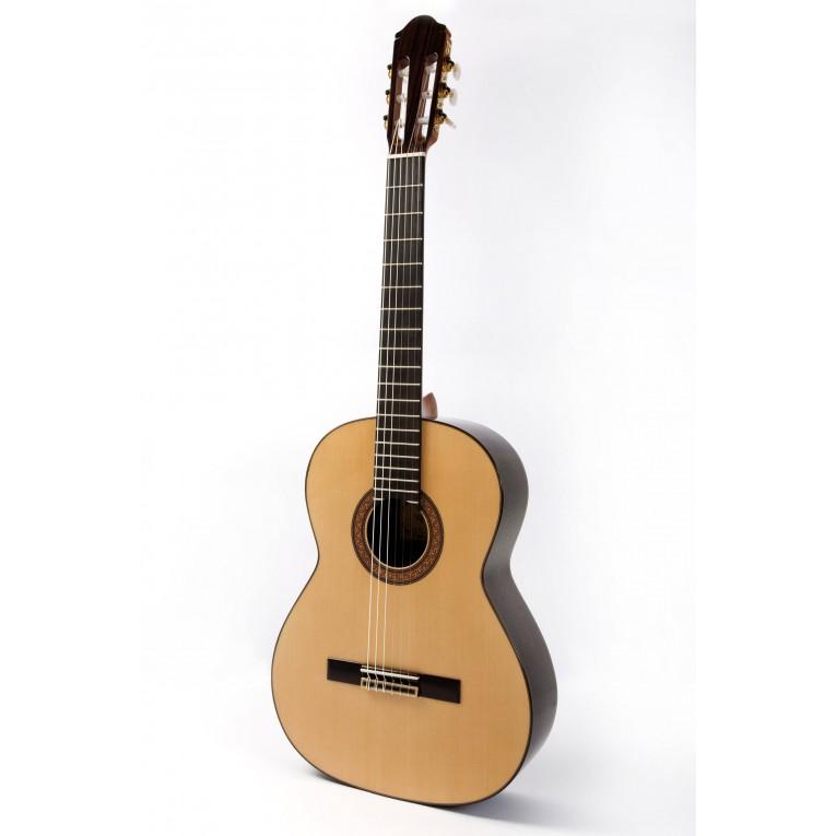 raimundo 130 guitare classique meilleur prix pour. Black Bedroom Furniture Sets. Home Design Ideas