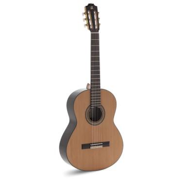Admira A4 Klassische Gitarre
