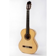 Raimundo 160 Flamenco Guitar