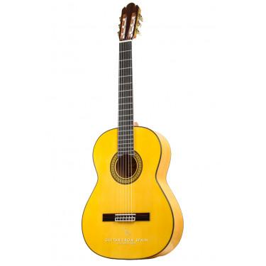 Raimundo 145 LH Flamenco Cipres. Left handed flamenco guitar